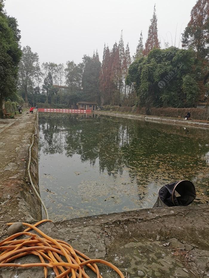 垂纶池休闲庄