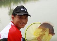 《双宝环球行》第八期 出征泰国战大物 休说鲈鱼堪脍