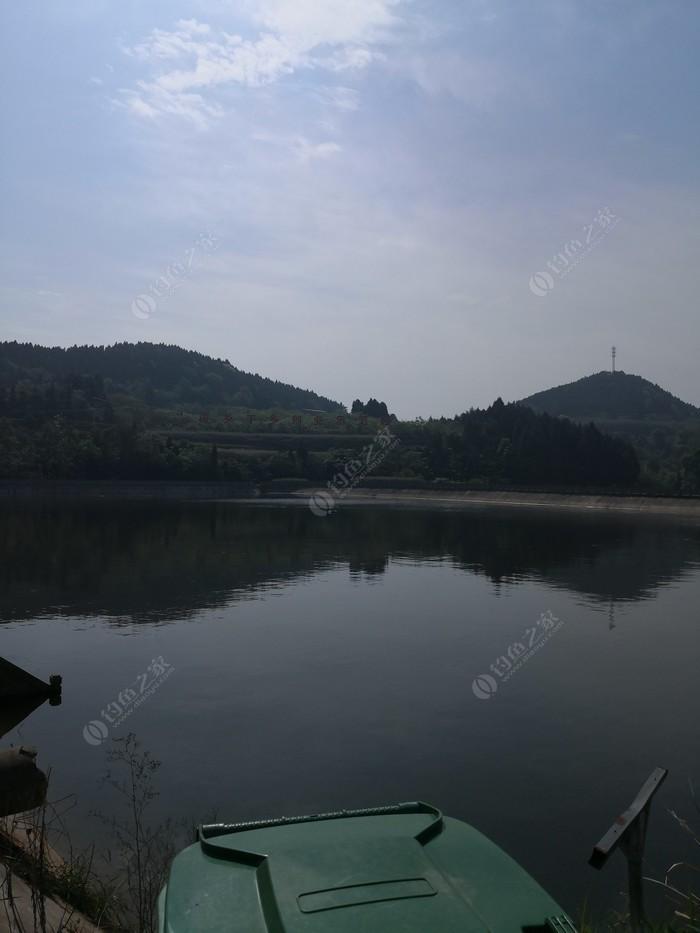 苕坡村生态鱼塘