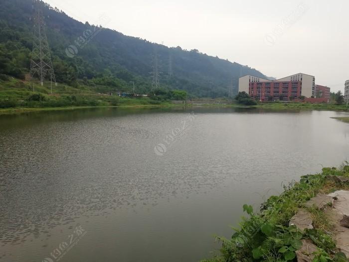 临港区葫芦池水库
