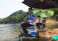 《白条游钓》游钓花亭湖,第一杆就中鱼,鲤鱼力气大杆子呼呼响
