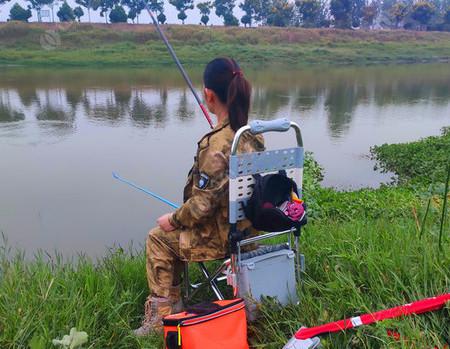 初秋的野河,二人一杆,这就是平淡的游钓生活~