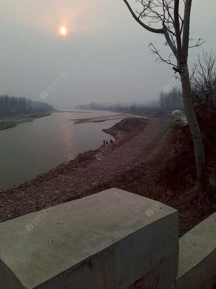 伊洛河香玉坝段