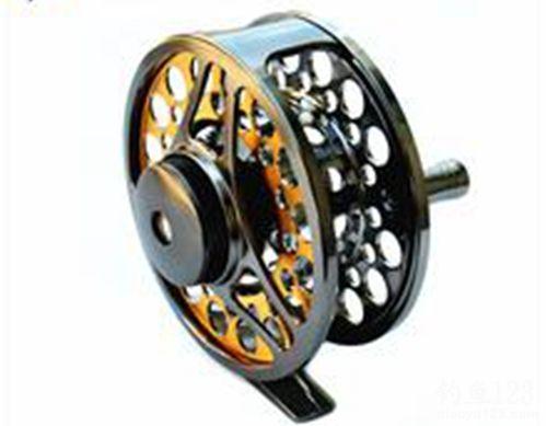 飞轮(蝇钓鱼线轮)的使用方法
