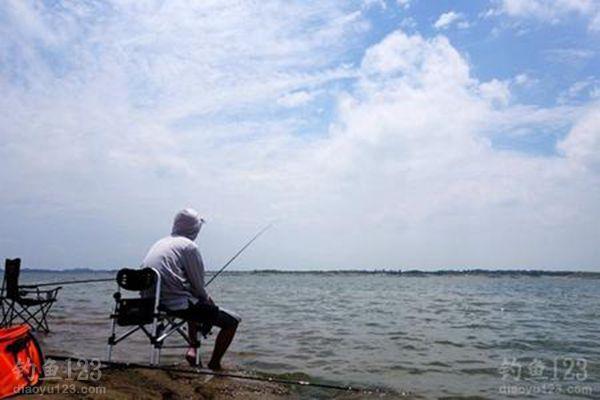 夏季釣魚想要收獲好注意五技巧