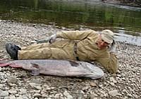 俄罗斯野钓人与自然的完美结合